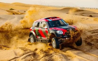9 MINI ALL4 Racings at 2015 Dakar Rally