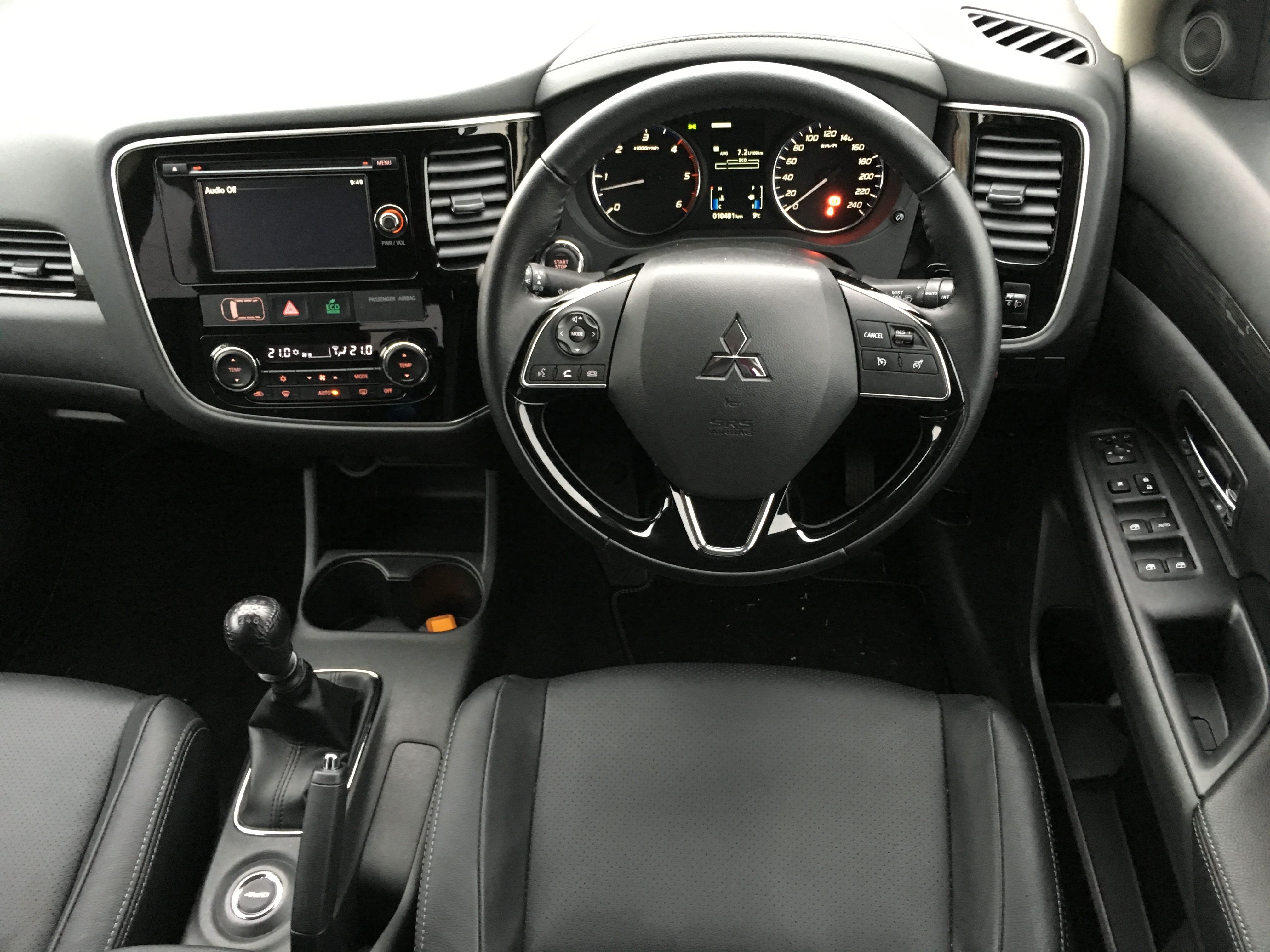 Reviewed: Mitsubishi Outlander 2 2 DID Instyle - FleetCar ie