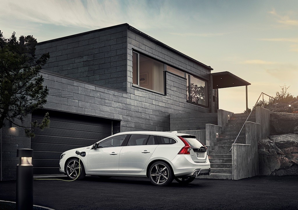 Volvo V60 Twin Engine - model year 2016, exterior
