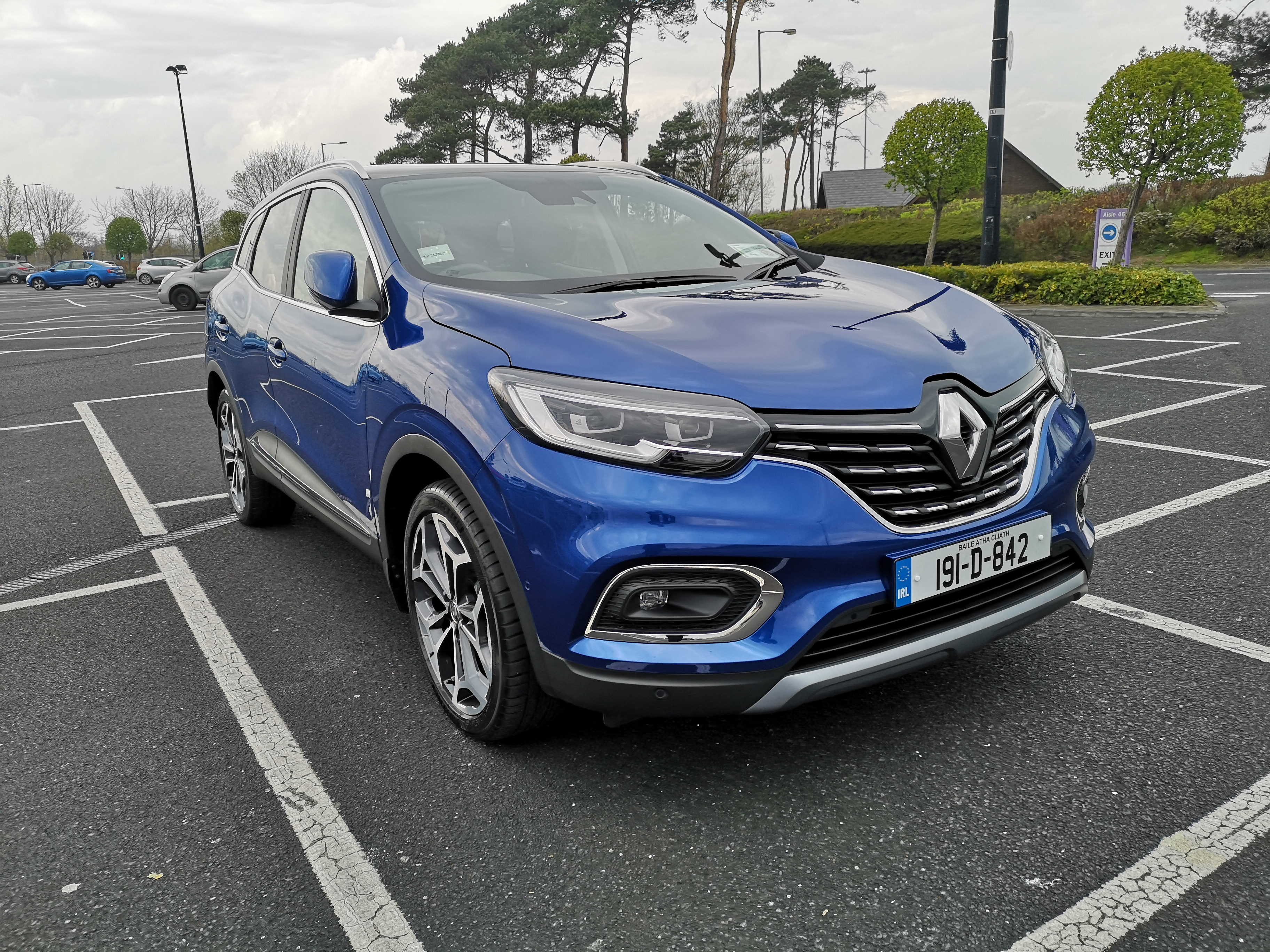 Updated Kadjar keeps Renault flag flying - FleetCar ie